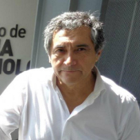 Dr. Walter Robledo